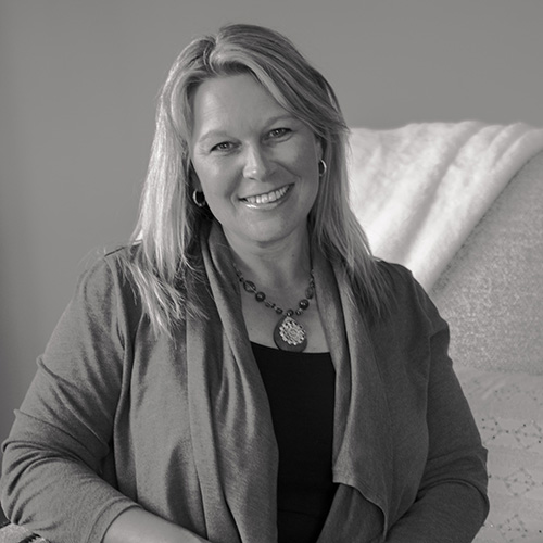 Dana Talbot - manager and interior designer at Elizabeth Robb Interiors