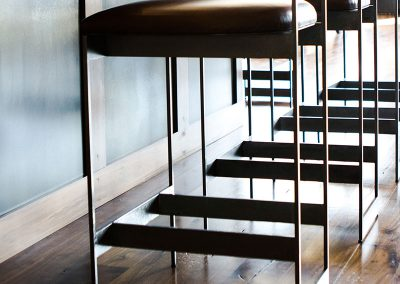 bar-stools-angled-black-bull-elizabeth-robb-interios