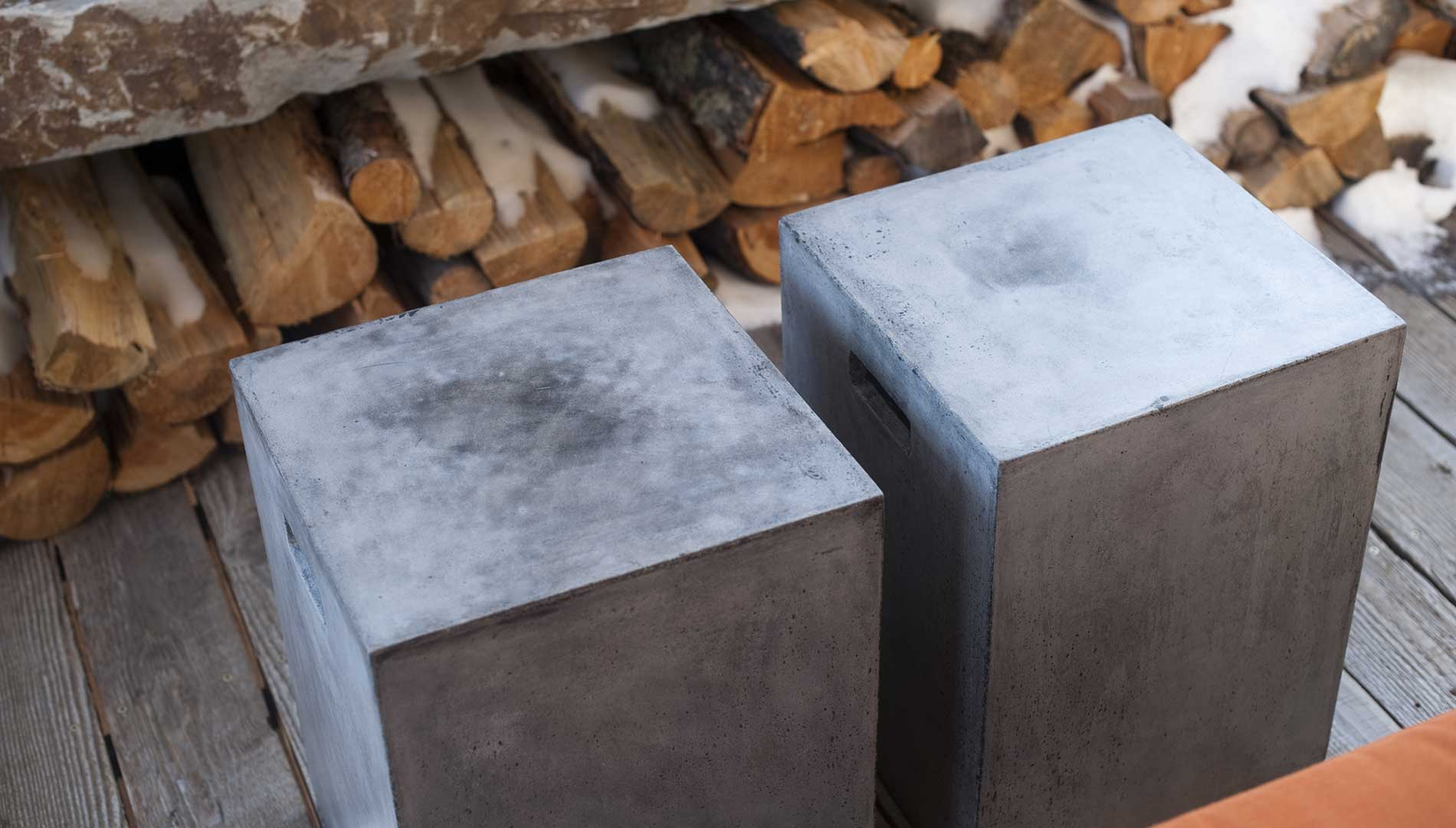 cement-stools-yellowstone-club-elizabeth-robb-interiors-1900x1080