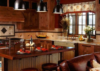 kitchen-spanish-peaks-elizabeth-robb-interiors-800x1000