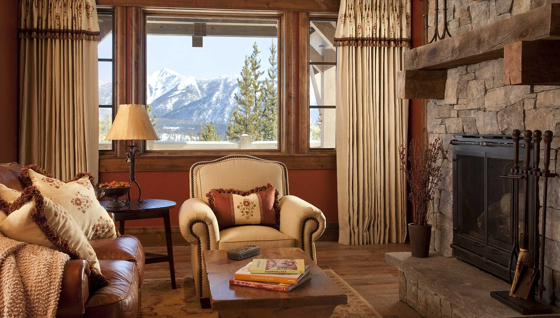 living-room-spanish-peaks-elizabeth-robb-interiors-1900x1080